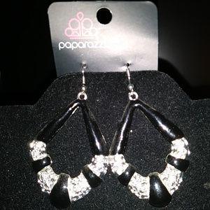 Paparazzi BLK Enamel & Rhinestone Earrings Pierced
